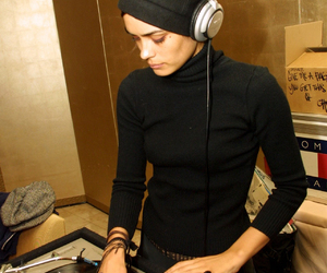 Shannyn Sossamon and female dj image