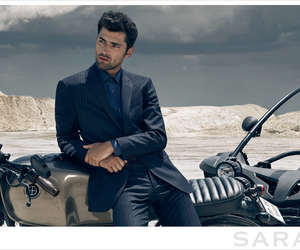 male model, Sean O'Pry, and model image
