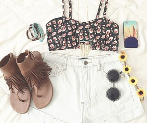 outfit, summer, and girly image