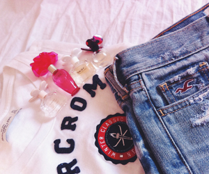 hollister, marcjacobs, and abercrombieandfitch image