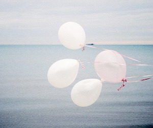 balloons, vintage, and sea image