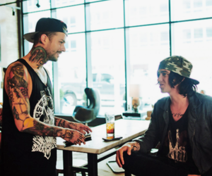 sleeping with sirens, band, and mike fuentes image