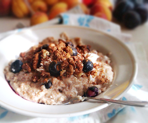 healthy and oatmeal image