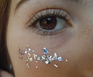 eye, glitter, and pale image