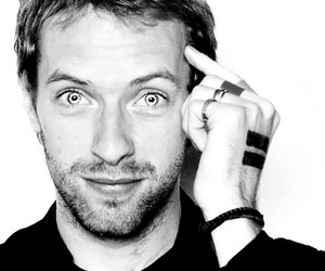 coldplay, Chris Martin, and eyes image