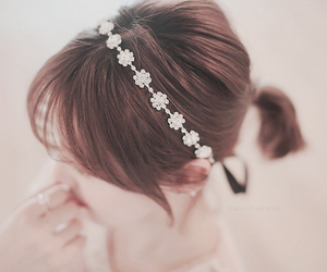 flowers, pretty, and hair image