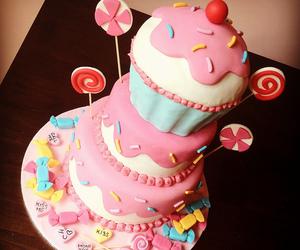 cake, cupcake, and pink image