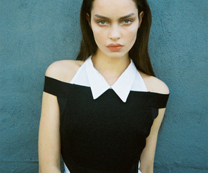 model, fashion, and luma grothe image