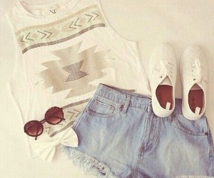 light colors, summer clothes, and accessorize image