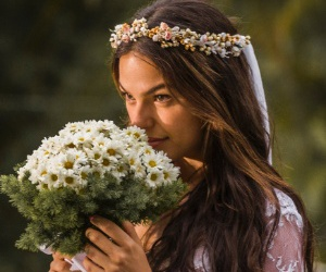 actress, beautiful, and bouquet image