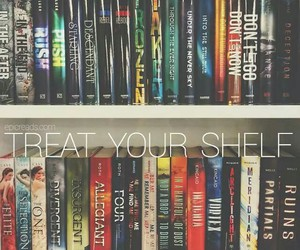 book, divergent, and shelf image