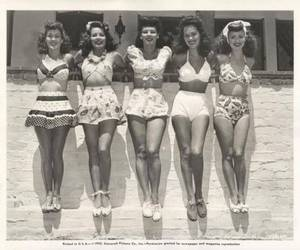 black and white, sommer, and i heart 1940s image
