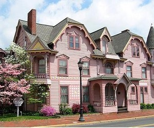 beautiful, house, and pink image