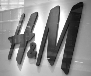 H&M, black, and shop image
