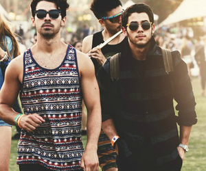 Joe Jonas, nick jonas, and jonas brothers image