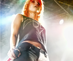 paramore, hayley williams, and show image