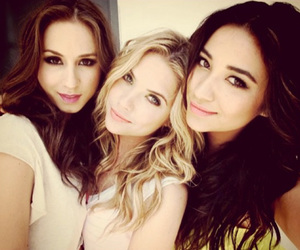 pretty little liars, pll, and ashley benson image