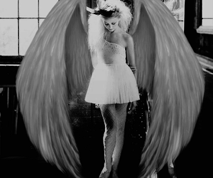 angel, black and white, and blanco y negro image