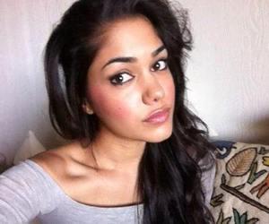 beauty, tasie lawrence, and selfie image