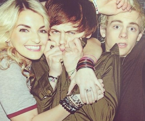r5 and rydellynch image