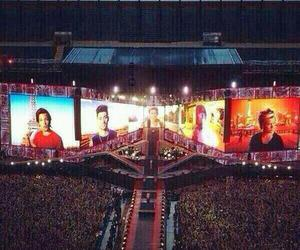 one direction, concert, and liam payne image