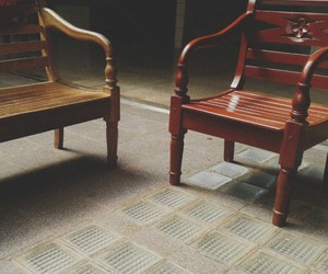 wooden chairs image