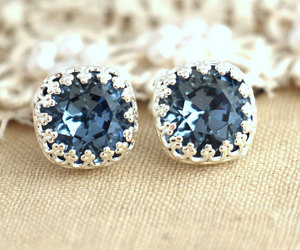 accessories, jewelry, and feminine image