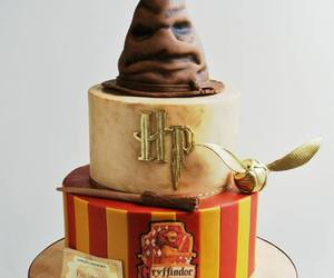 cake, harry potter, and gryffindor image