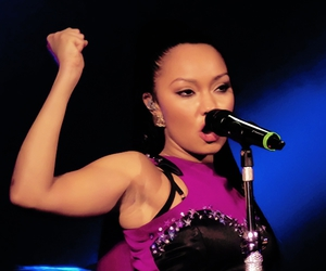 Leigh, little mix, and live image