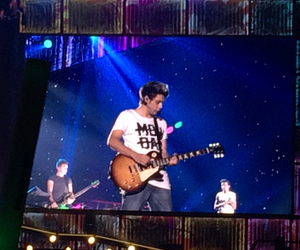 niall horan, wwat, and one direction image