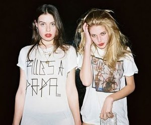 girls, girls just wanna have fun, and friends image