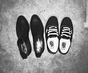 larry stylinson, Harry Styles, and shoes image