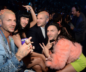 katy perry, crazy, and vma image