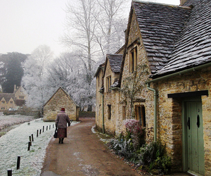 autumn, town, and winter image