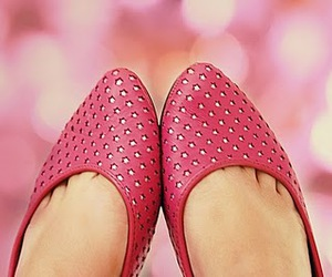 shoes, pink, and stars image