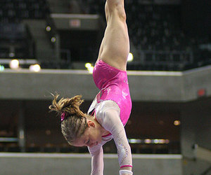 shawn johnson image