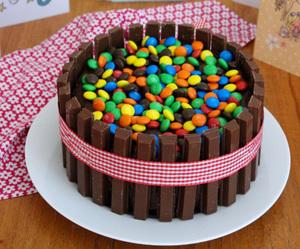 cake, chocolate, and kit kat image