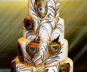 cake and peacock image