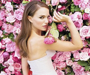 natalie portman, flowers, and rose image