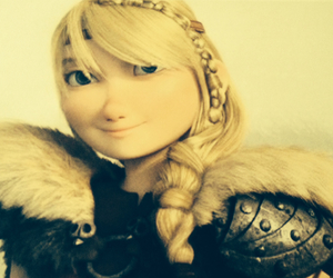 astrid, hofferson, and httyd image