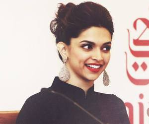 deepika padukone and bollywood image