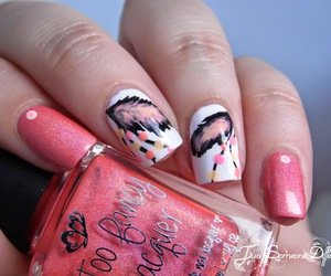 feather, nail art, and girl image