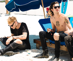 ross, the 1975, and matty healy image