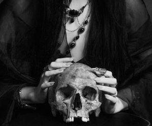 skull, black and white, and gothic image