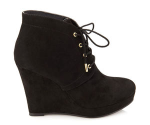black, boots, and forever21 image