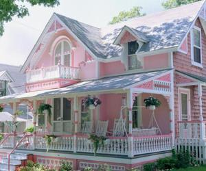 doll house, pink house, and girly image