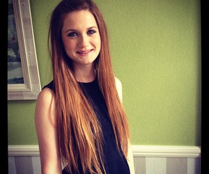 bonnie wright, harry potter, and ginny weasley image