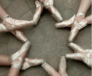 ballet, girls, and pointe shoes image