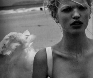 model and daphne groeneveld image
