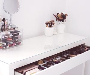 makeup, room, and make up image